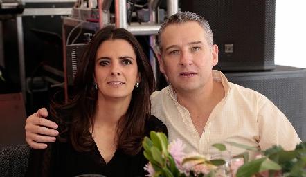 Daniela Rivero y Héctor Galán.