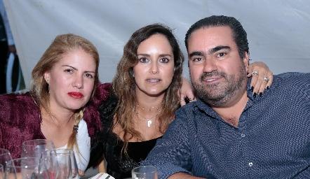 Geo Anaya, Patricia Estrada y José Leos.