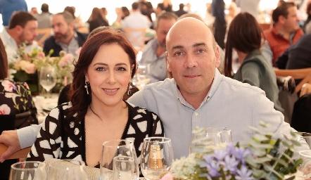 Isabel Elizondo y Mauricio González.