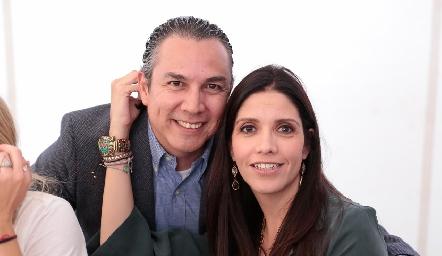 Jaime Villegas y Ana Meade.