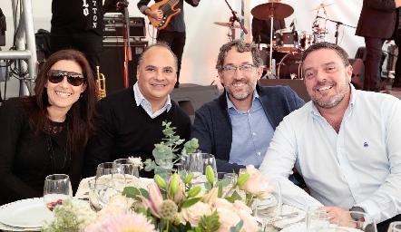 Yolanda Pérez, Sergio Rivera, Roberto Garfias y Héctor Morales.