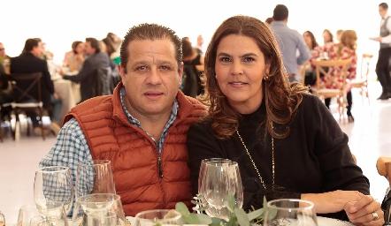 Mauricio Vera y Gabriela Díaz Infante.