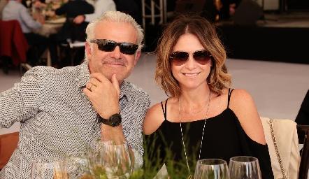 Luigi Pizzuto y Fernanda Aguilar.