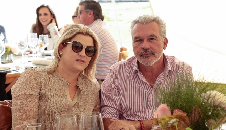 María Pizzuto y Jerónimo Gómez.