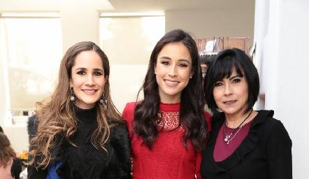 Dani Mina de Mancilla, Teté Mancilla y Tere Guerrero de Mancilla.