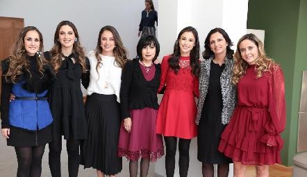 Dani Mina, Miriam Díaz Infante, Paloma Díaz Infante, Tere Guerreo, Teté Mancilla, Gaby Meade y Ana Gaby Díaz Infante.