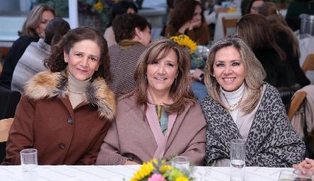 Cecilia González, Armida César y Elizabeth Báez.