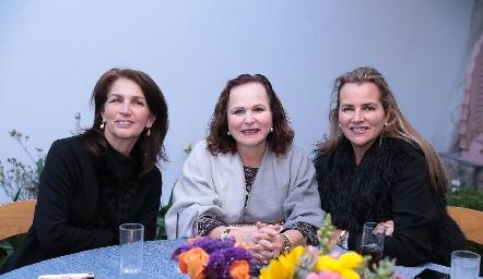 Claudia Canales, Nena Dávila y Patricia Del Bosque.