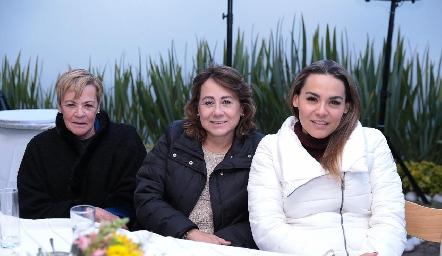 Cristy Mancilla, Rosy Guerrero y Tere Castillo.
