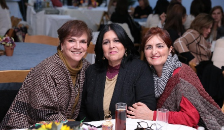 Maru Tova, Laura Márquez y Rocío Delgado.