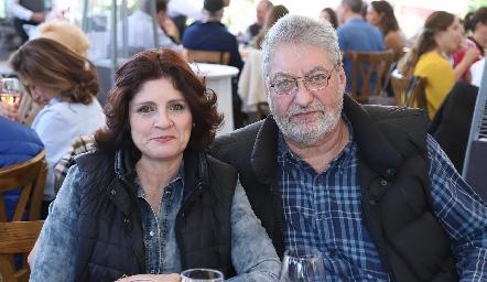 Lilian Sthephano y Carlos Gerardo.