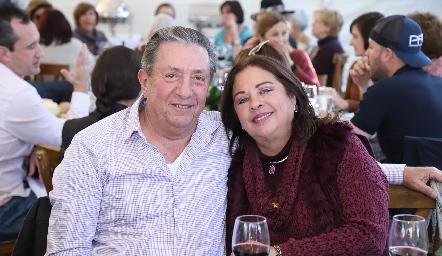 Ricardo y Silvia Garza.