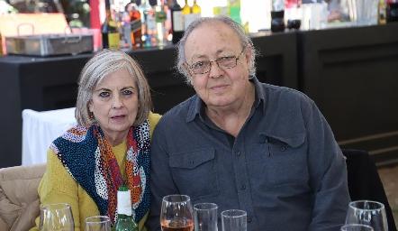 Lourdes y Carlos Artolózaga.