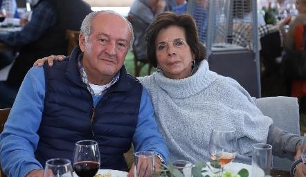 Mario y Pitusa Benavente.