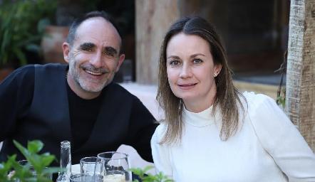 Juan Carlos Abaroa y Gabriela Artolózaga.