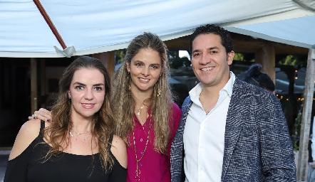 Rocío Muriel, María José López y René Pierdant.