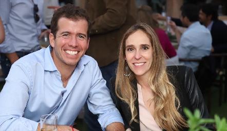 Luis Pérez y Montserrat Martínez.