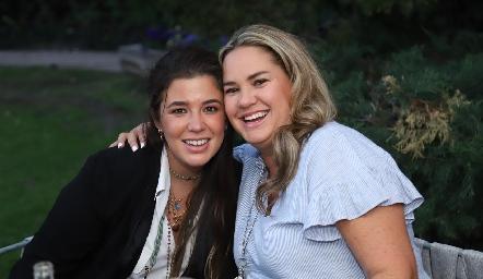 Sofía López y Daniela Benavente.