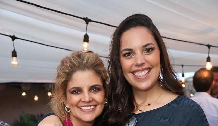 Lu López y Daniela Treviño.