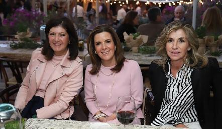 Marus Hernández, Martha Elena Muñiz y Márgara de Herrera.