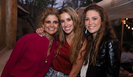Lu López, Ana Paula López y María Emilia Torre.