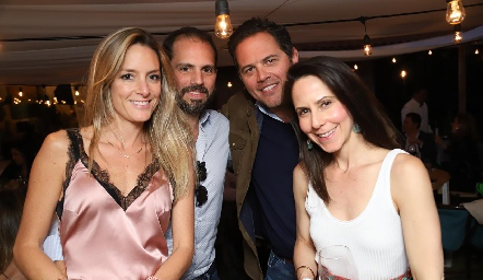 Ana Paula Cruz, Emilio, Jorge Septién y Bárbara Ruiz.