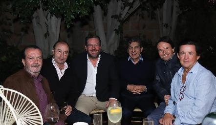 Ángel Rivero, Fernando López, Jacobo Payán, Julio Castelo, Filiberto Herrera y Carlos López.