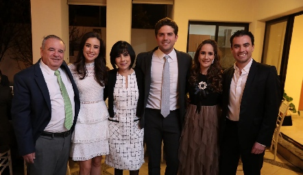 Alejandro Mancilla, Tere Mancilla, Teresa Guerrero, Federico Díaz Infante, Dany Mina y Alejandro Mancilla.