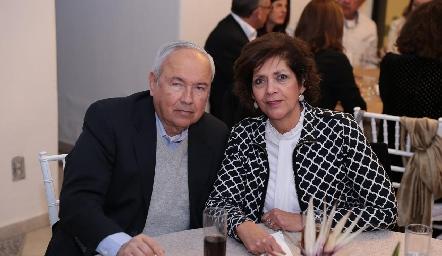 Miguel Zacarías y Ofelia Díaz Infante.