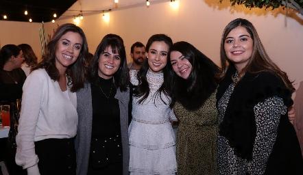 María Pía González, María José Aranda, Tere Mancilla, Ruth Martínez y MarijoMotilla.
