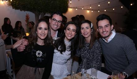 Dany Mina, Alejandro Mancilla, Tere Mancilla, Rosy Loredo y Enrique Díaz Infante.