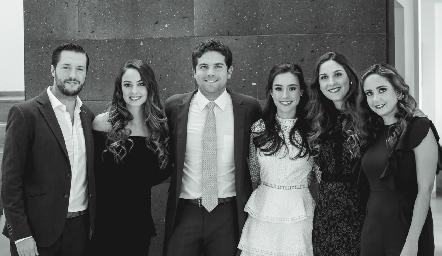 Rodrigo Planas, Paloma, Federico, Tere, Miriam y Ana Gaby Díaz Infante.