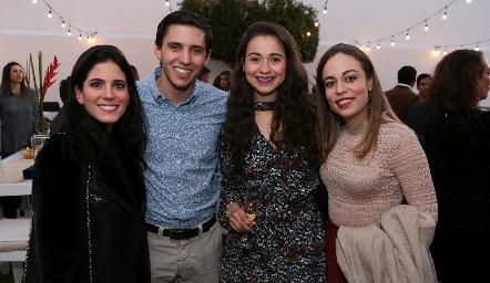 Maribel Rodríguez, Ramón Zacarías, Andrea Carvajal y Fernanda Torres.