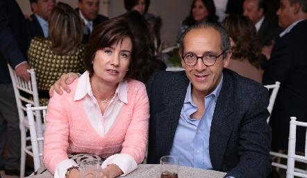 Gabriela Andrés de Díaz Infante y Enrique Díaz Infante.