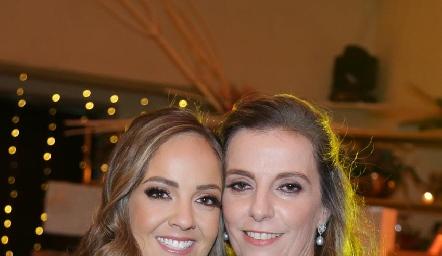 Priscila Guzmán y Charo Valladares.
