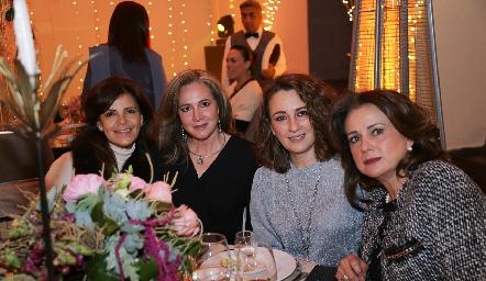Paty Silos, Alicia Tellez, Gloria Martínez y Maru Martínez.