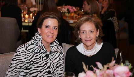 Martha Muñiz y Caridad Rangel.
