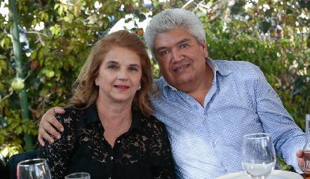 Luz María de Ruiz y Francisco Ruiz.
