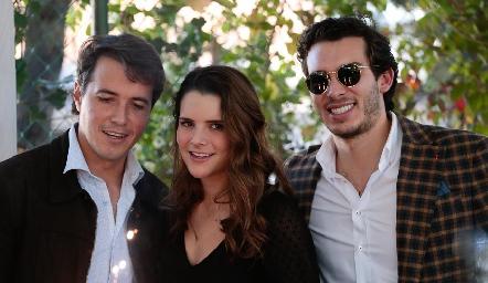 Javier, Jessica y Benjamín.