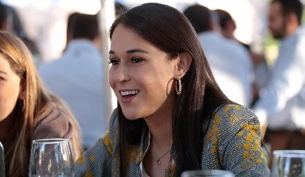 Carmelita Del Valle.