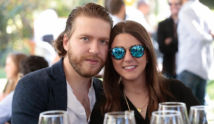 Thomas Kapetanis y María Palomar.
