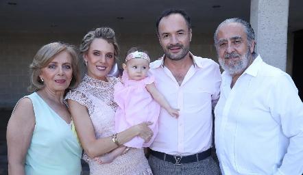 Rosana Benavente, Priscila González, Emma, Eduardo Ramos y Alfonso Díaz de León.