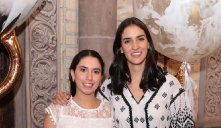 Paola Córdova y Paulina Torres.