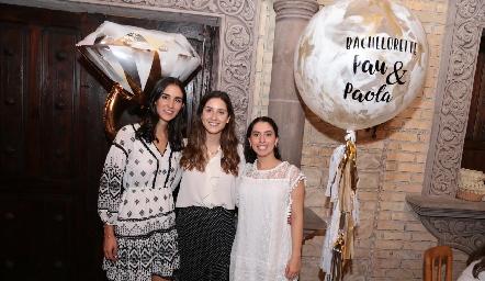 Paulina Torres, Miriam Díaz Infante y Paola Córdova.