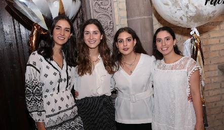 Paulina Torres, Miriam Díaz Infante, Isa Castelo y Paola Córdova.