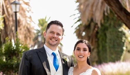 Juan Autrique y Paola Córdova ya son esposos.