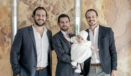 Ro Valle, Andrés Allende, Martina y Pato Valle.