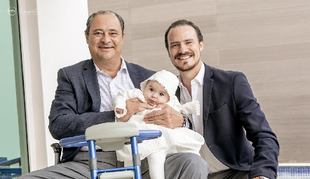 Héctor, Martina y Pato Valle.