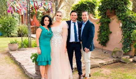 Adriana Espinosa, Paty Dantuñano, Esteban Meade y Alejandro Sánchez.