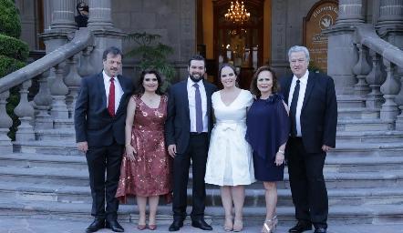 Arturo Zapata Perogordo, Bertha Navarro de Zapata, Arturo Zapata Navarro, Andrea Díaz Infante Dávila, Nena Dávila de Díaz Infante y Antonio Díaz Infante Kohrs.
